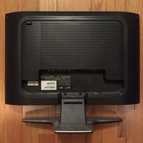 """Magnavox 15"""" Screen LCD TV WORKS W/Charger Cord remote"""